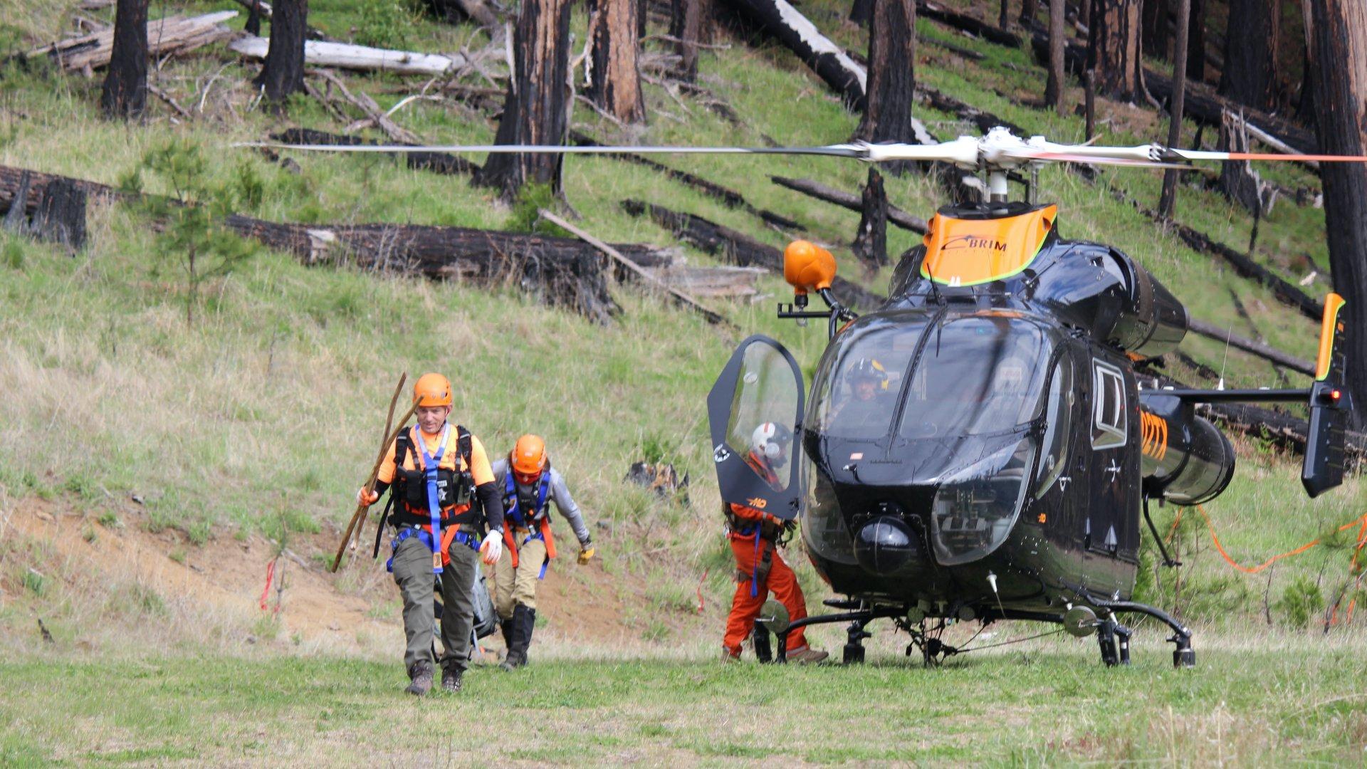 Helikopterrel mentették ki az eltűnt férfit az erdőből