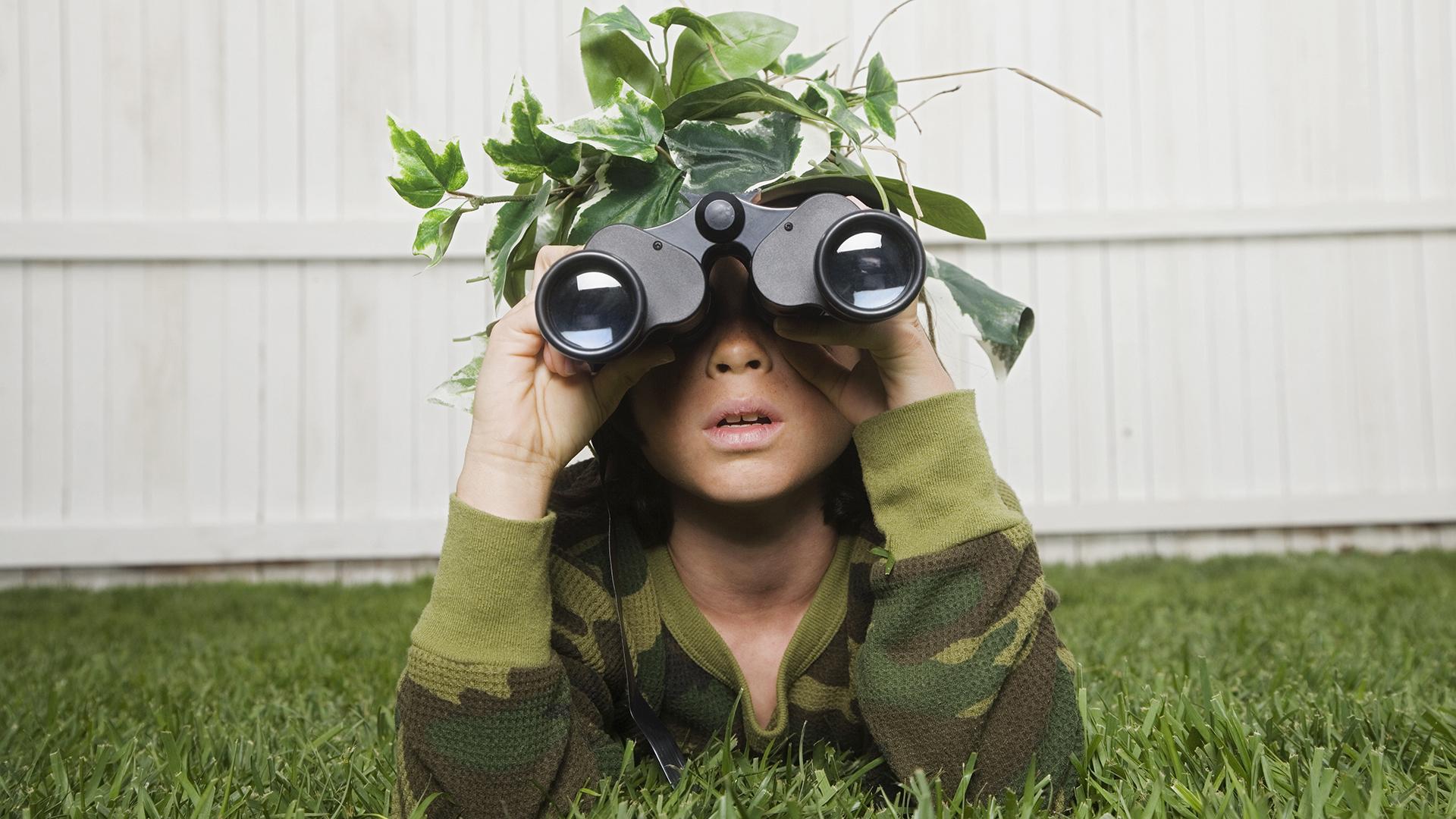 Térképolvasást és késhasználatot tanít gyerekeinek a CIA-anyuka
