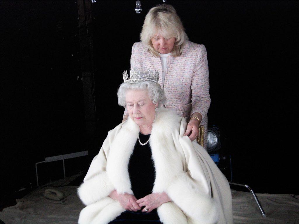II. Erzsébet és Angela Kelly