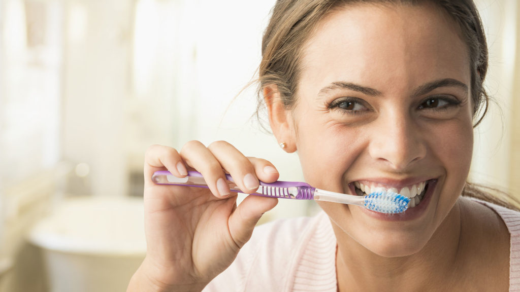Ezzel a fogkefével 20 másodperc a fogmosás