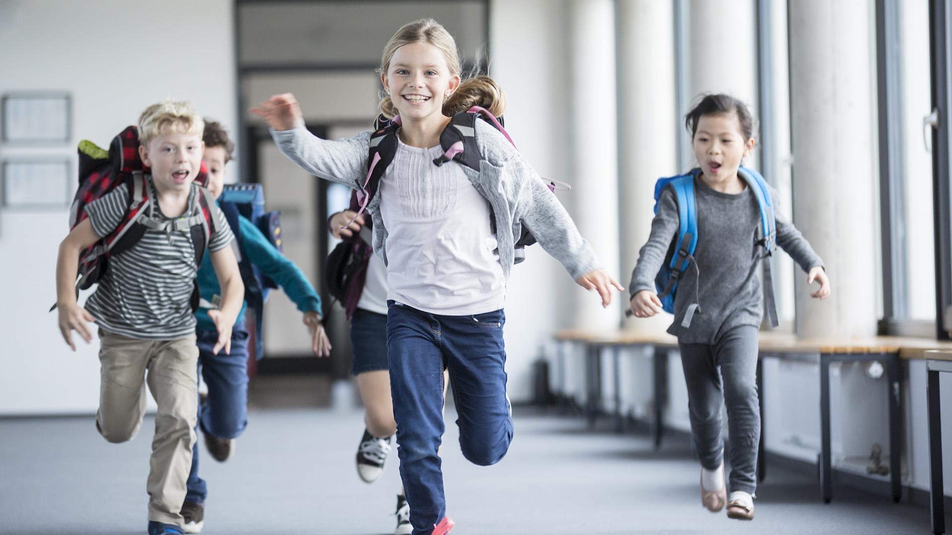 Iskolás gyerekek