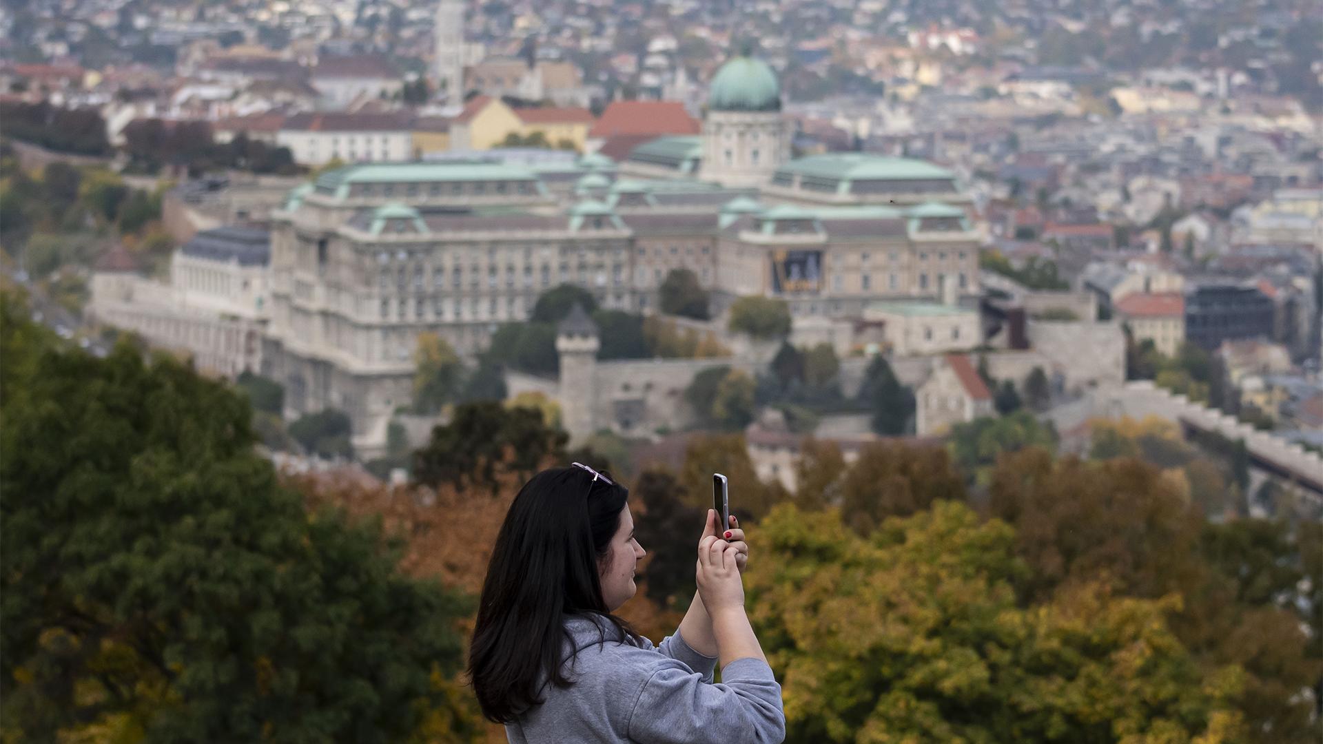 Kampánnyal pörgetnék fel a budapesti turizmust