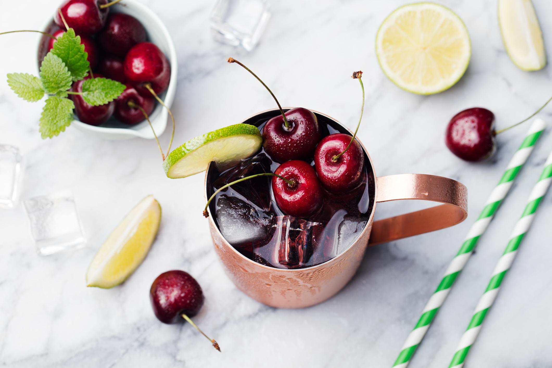 Készíts cseresznyés koktélt
