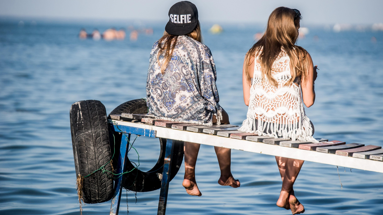 Fiatalok a Strand és a B.my.Lake fesztiválon 2016. augusztus 26-án.