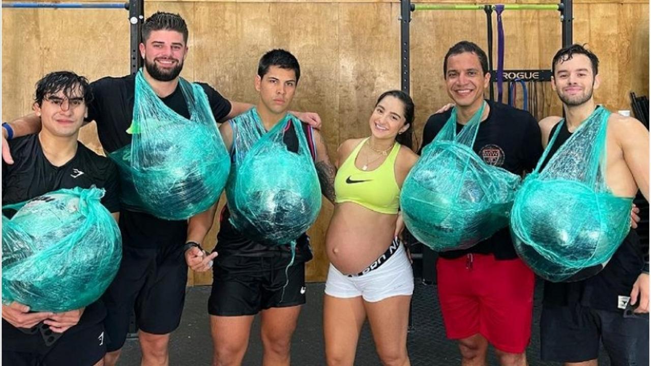 300 guggolás, 200 fekvőtámasz, súlyemelés – ennyit nyom le a 40 hetes kismama