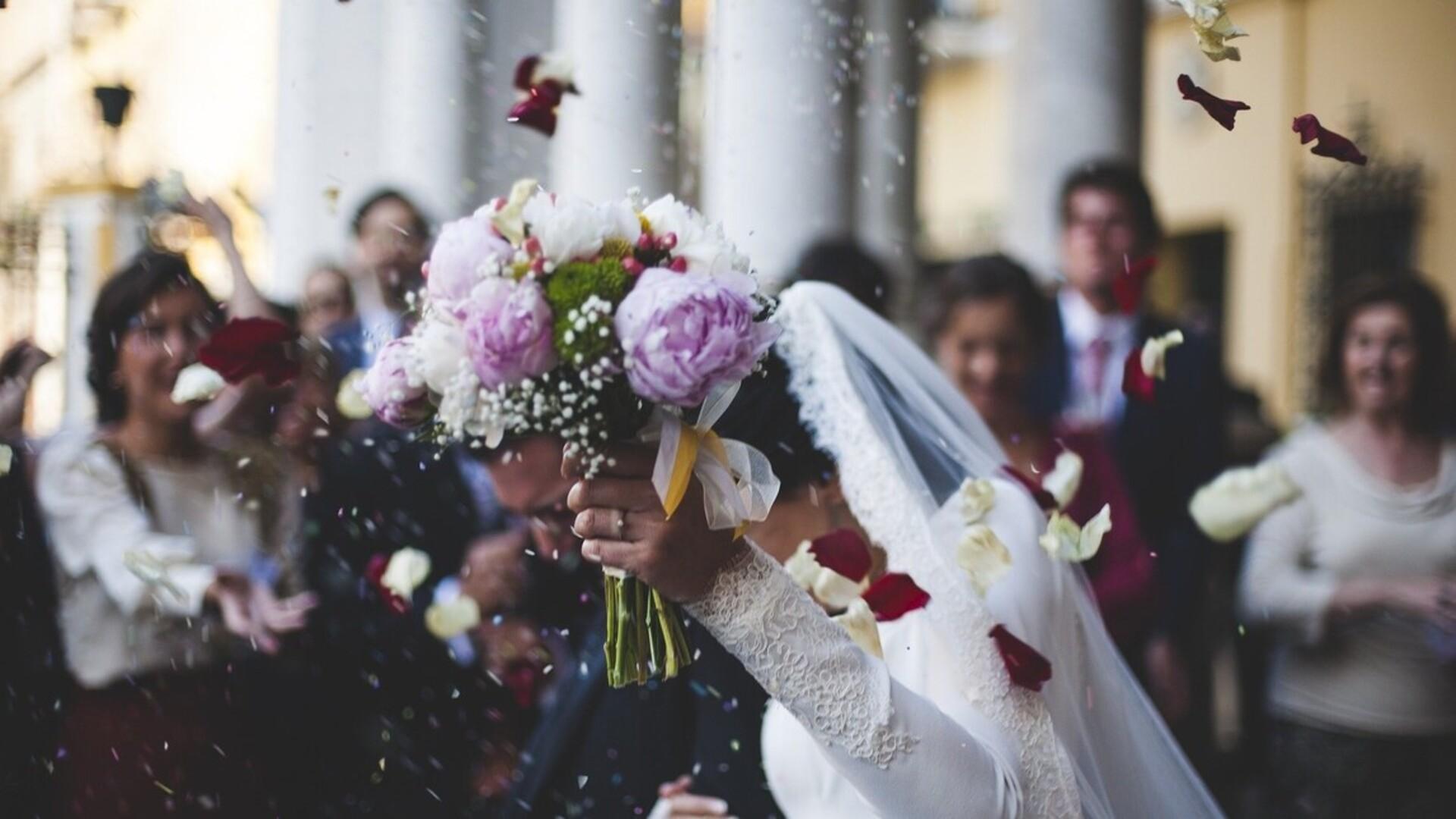 Elképesztő kérése volt a vőlegénynek és menyasszonynak a násznéphez