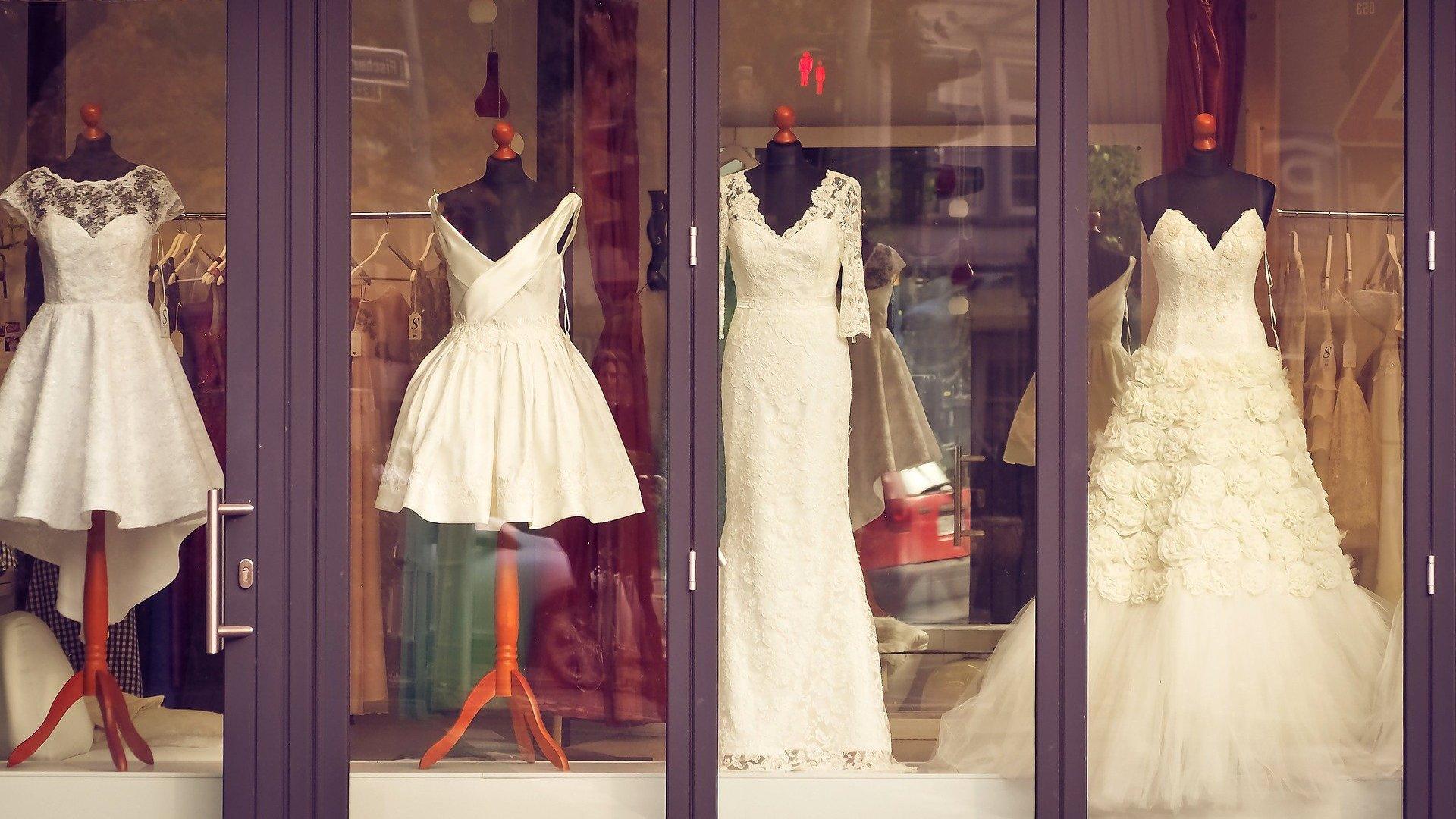 Esküvői ruhabolt