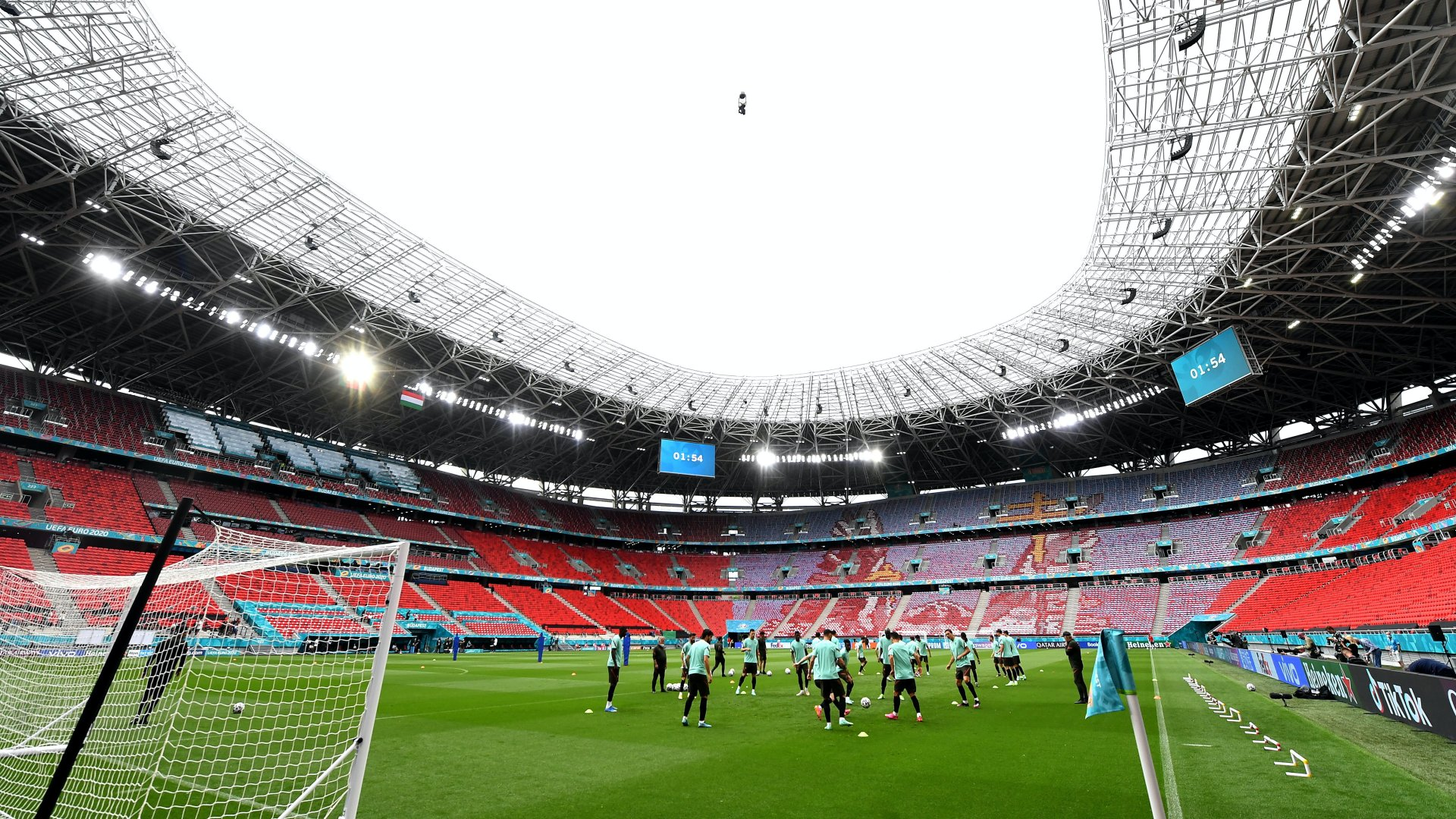 Portugália edz a foci Eb-n