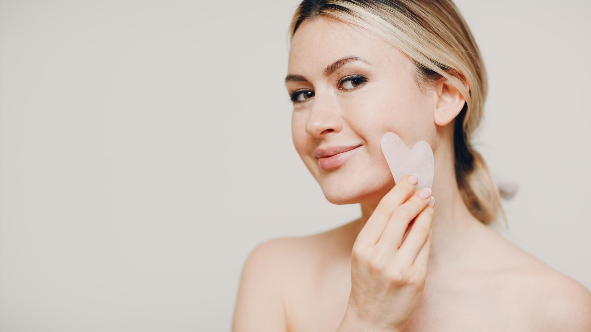 Arcjóga, arctorna: a természetes arcfiatalítás módszerei