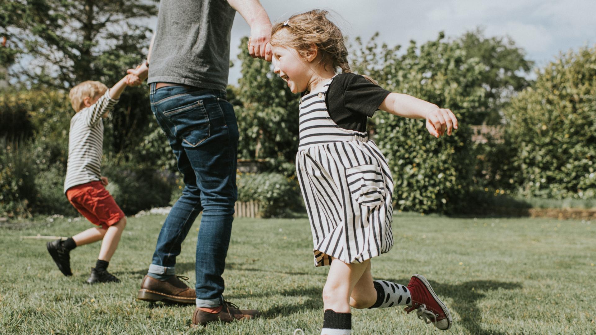 Boldogabbak a szülők, mint a gyermektelenek?