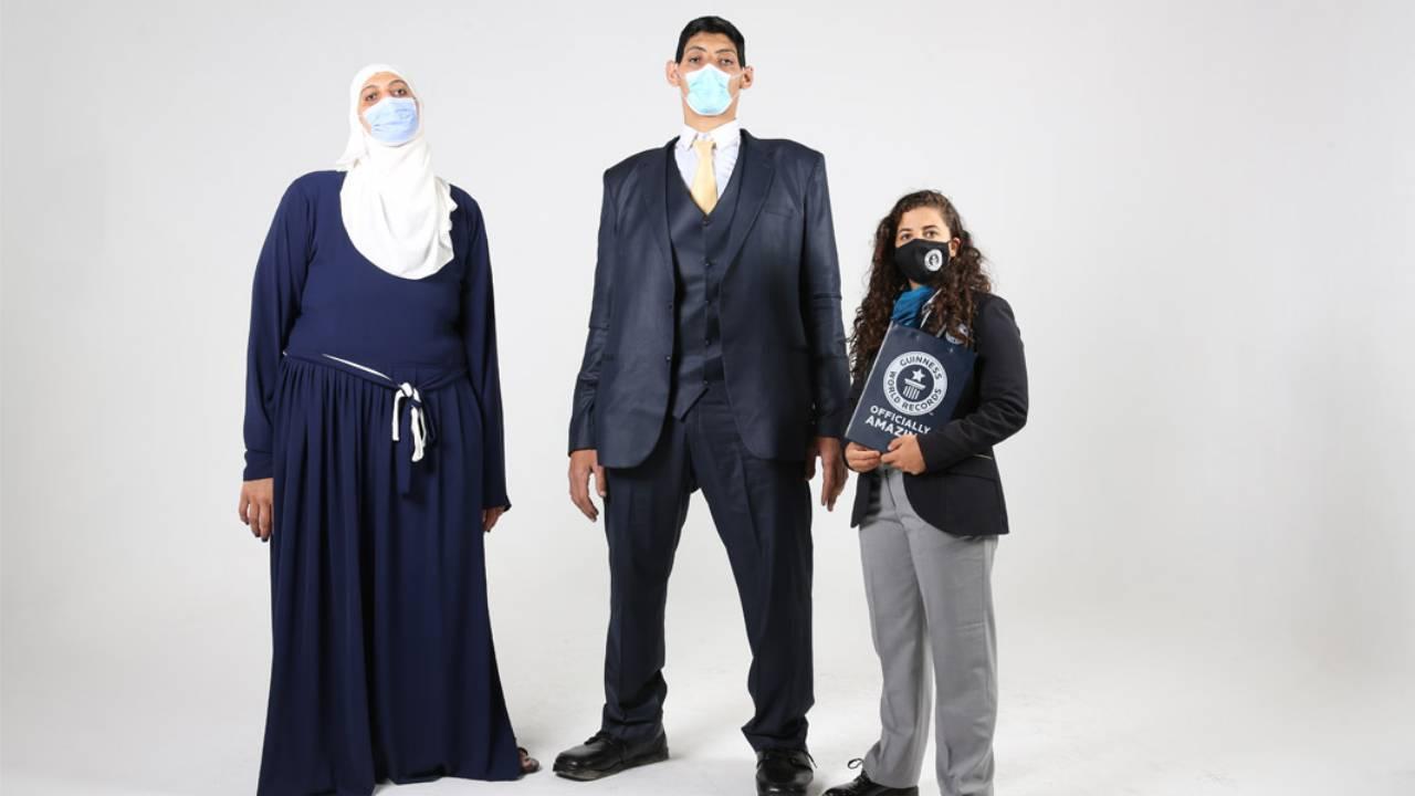 Öt Guinness-rekordot zsebelt be az óriásira nőtt egyiptomi testvérpár