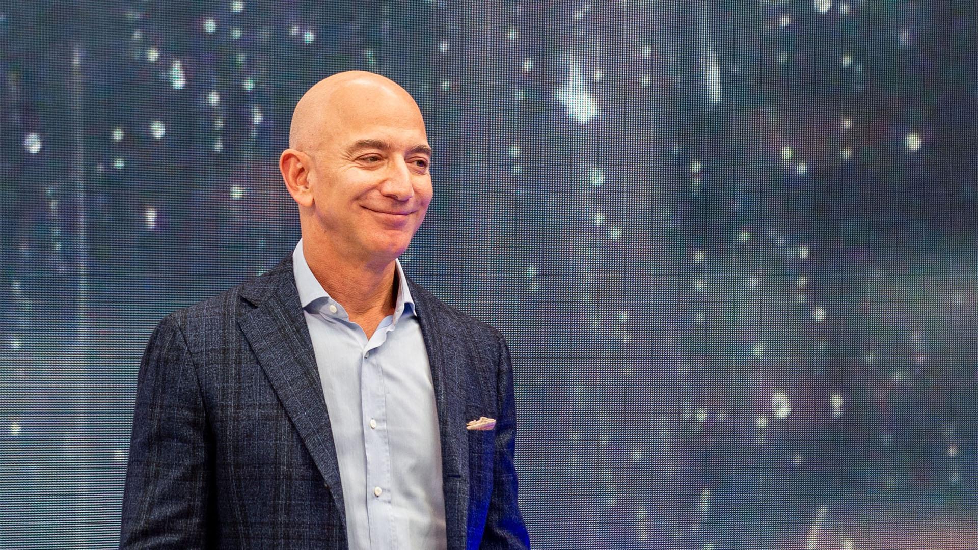 Kiröhögték a tévések Jeff Bezos rakétáját