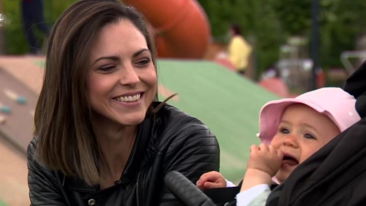 Köböl Anita és a kislánya