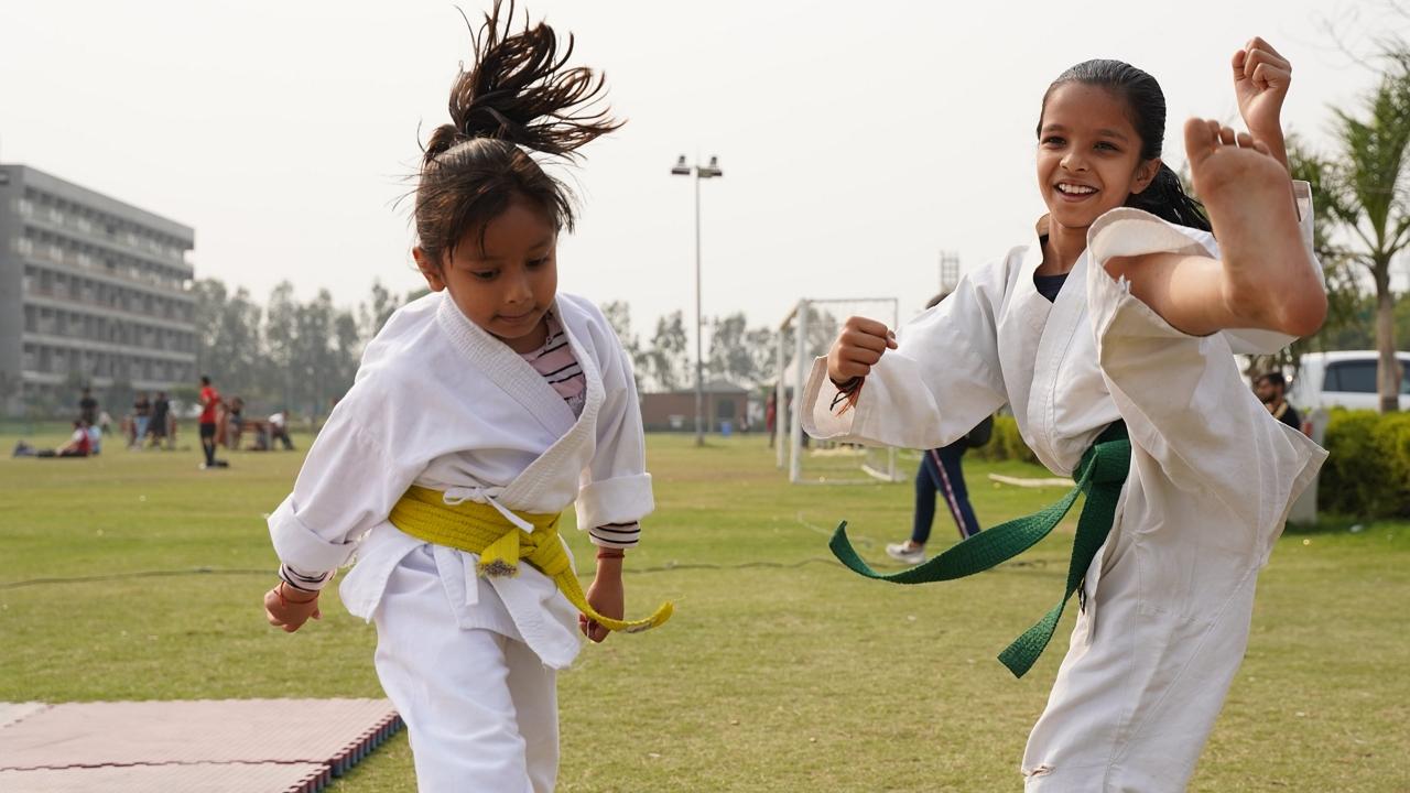 Jön a karate és a judo a tesiórákra