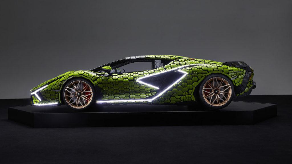 Elkészült a LEGO Lamborghini Sián életnagyságú változata
