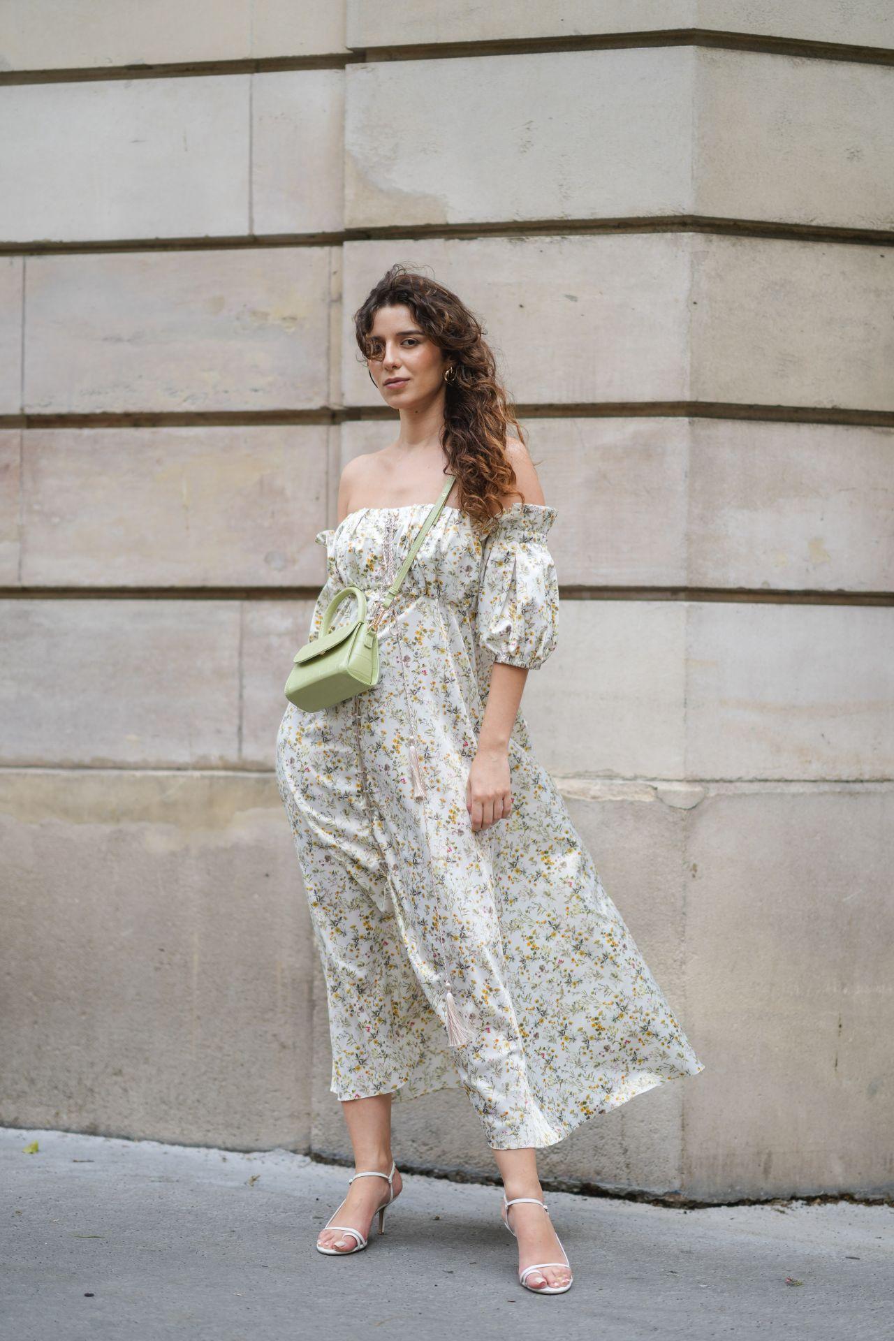 Vállrész nélküli virágos ruha - street style