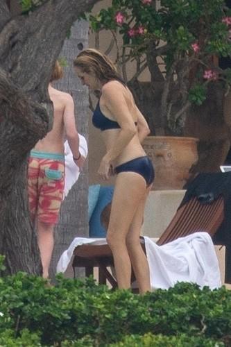 Julia Roberts bikinibe
