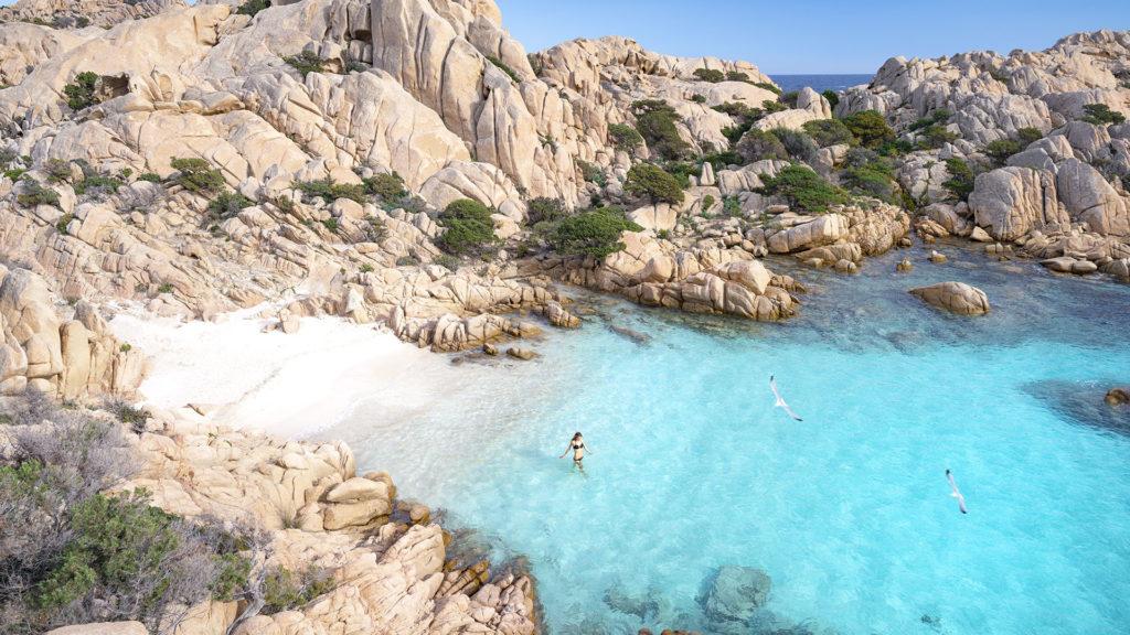 Tömegesen lopják a homokot a strandról a turisták