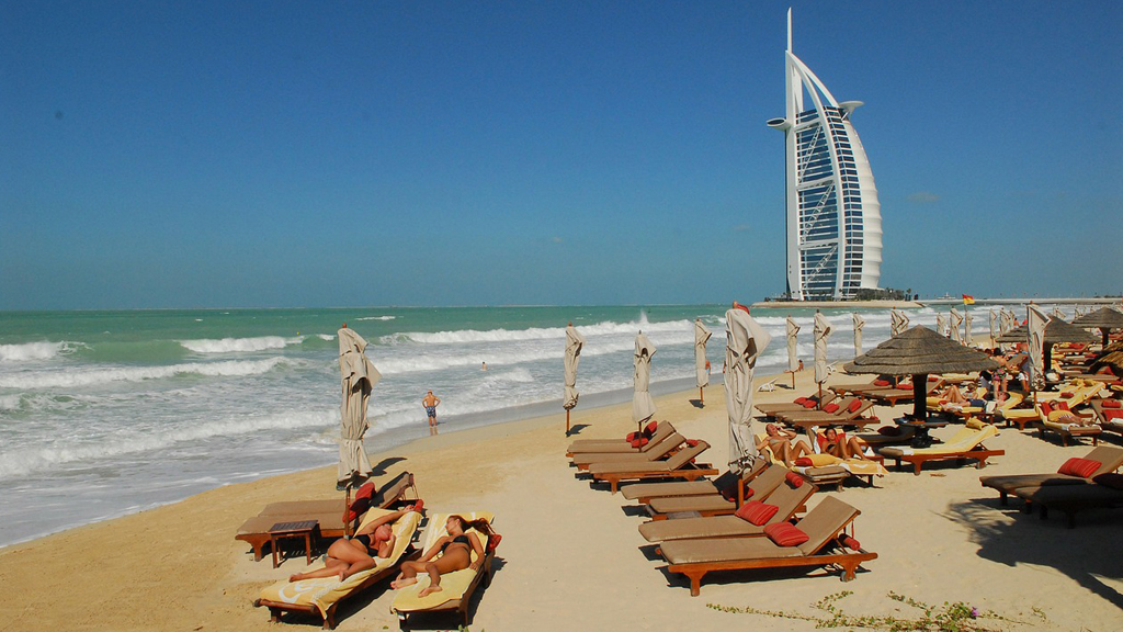 Strandolás Dubajban / Fotó: Pixabay