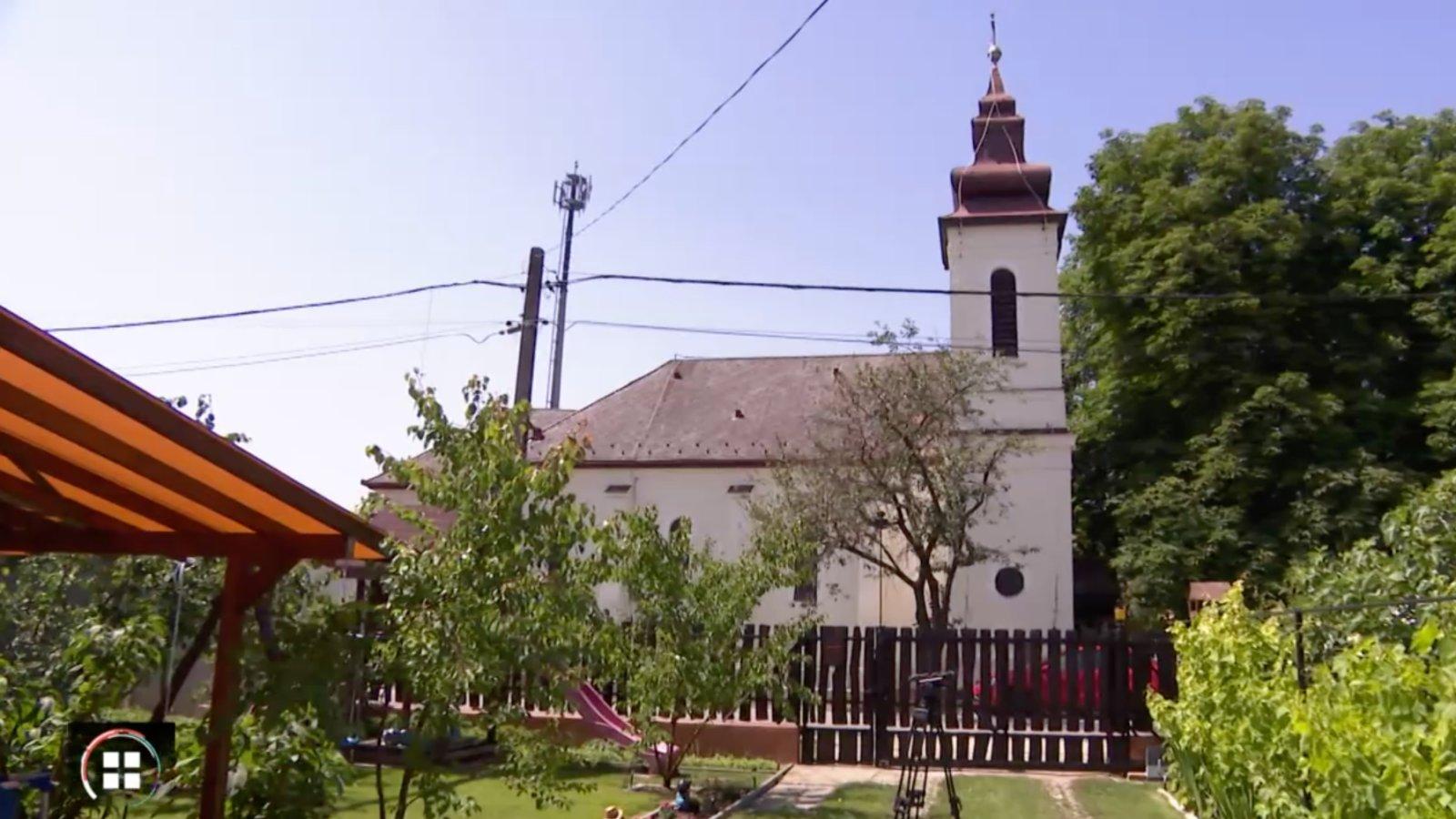 Urnafalat építenek a város közepén Dunavarsányban