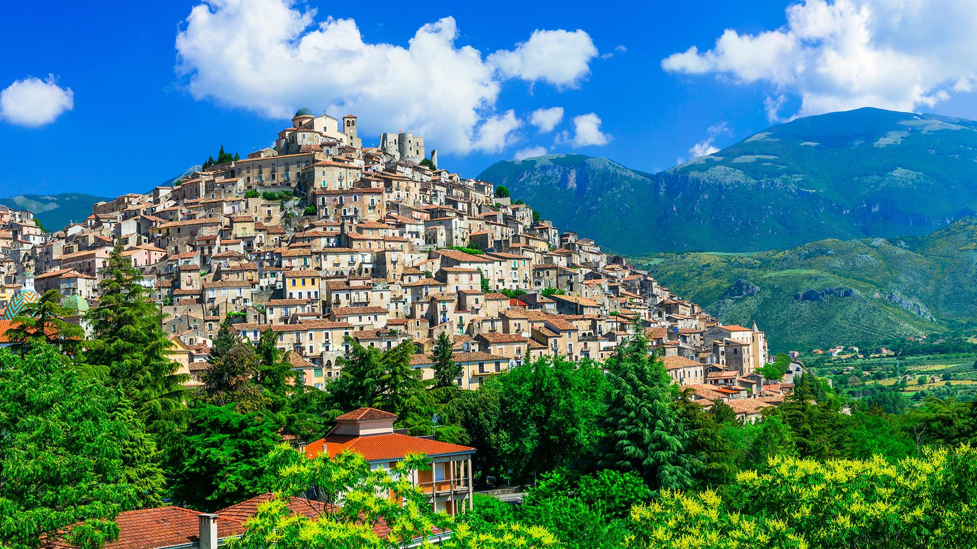 Milliókat kaphat, aki hajlandó Dél-Olaszországba költözni