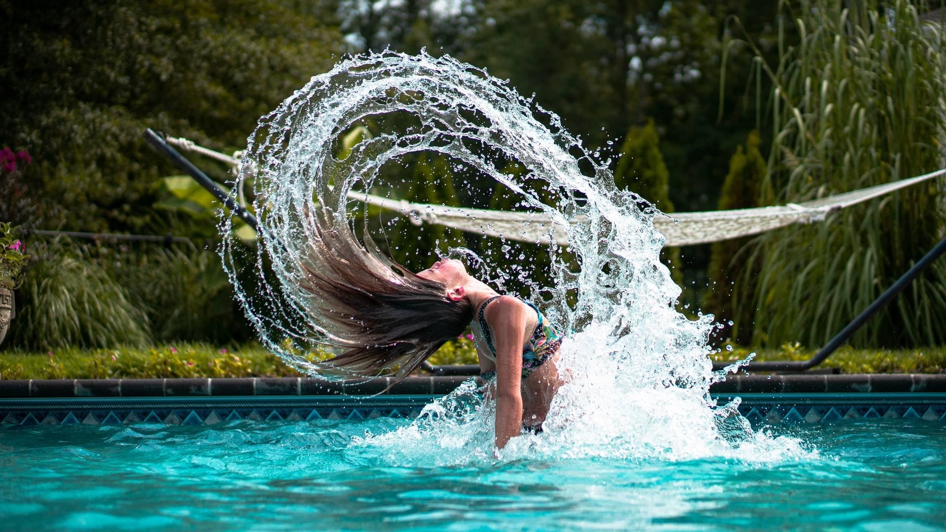 játék a medencében