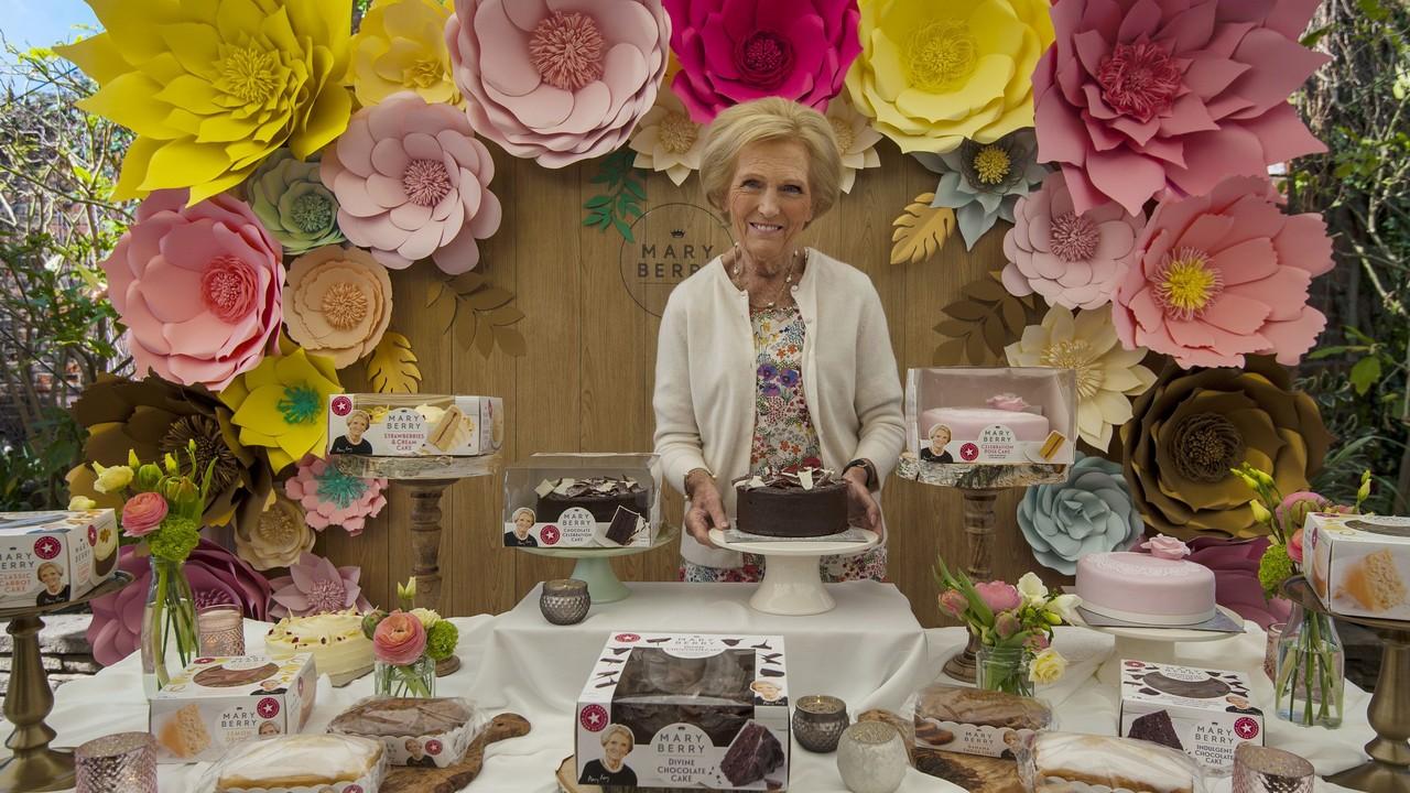 Mary Berry, az angolok kedvenc sütimestere