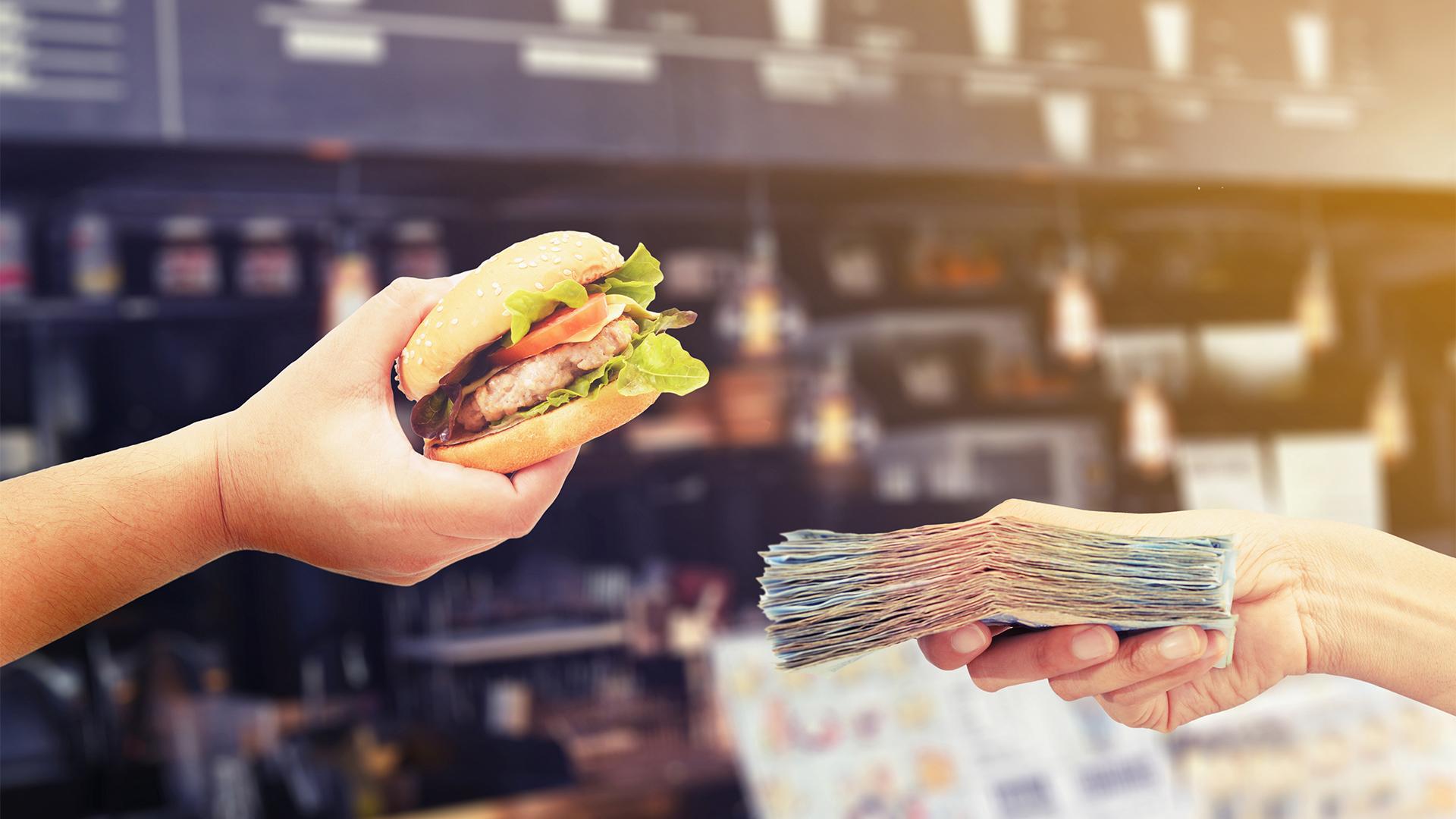 Majdnem kétmillió forint a világ legdrágább hamburgere