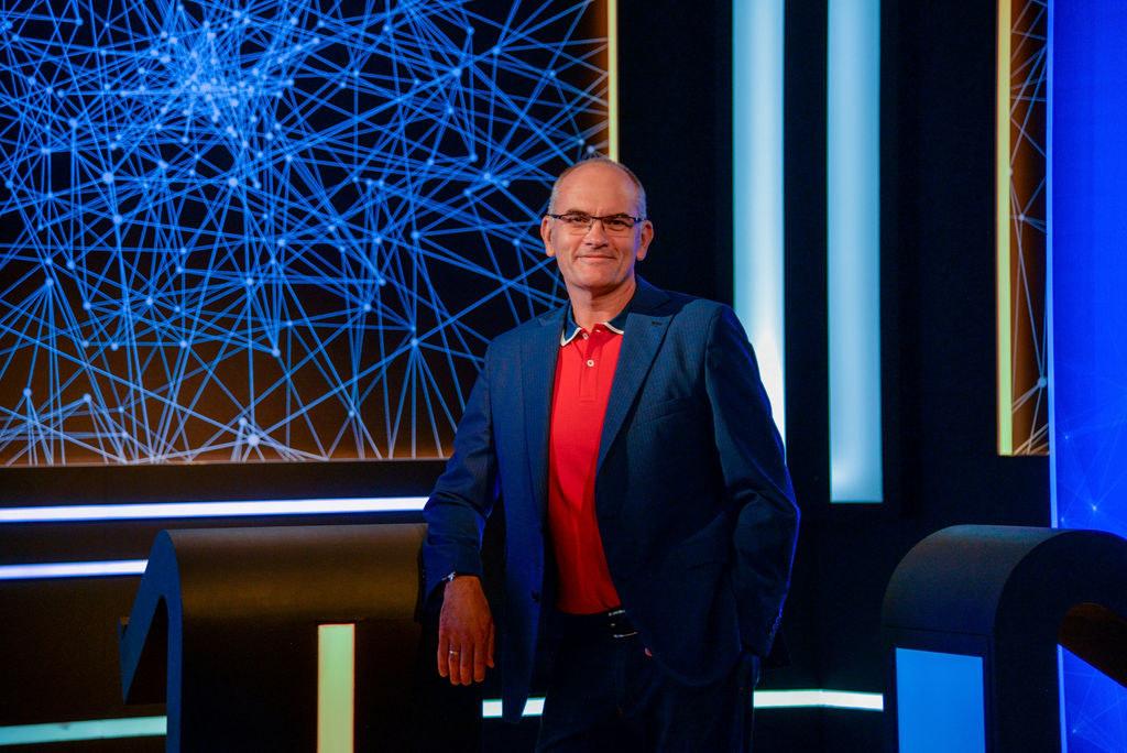 Interjú Gundel Takács Gáborral, a Géniusz műsorvezetőjével