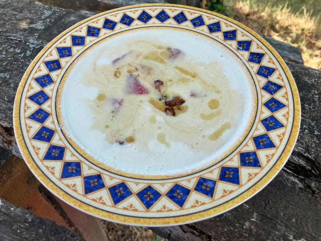 Raktál el kovászos uborkát? És csináltál már belőle levest?