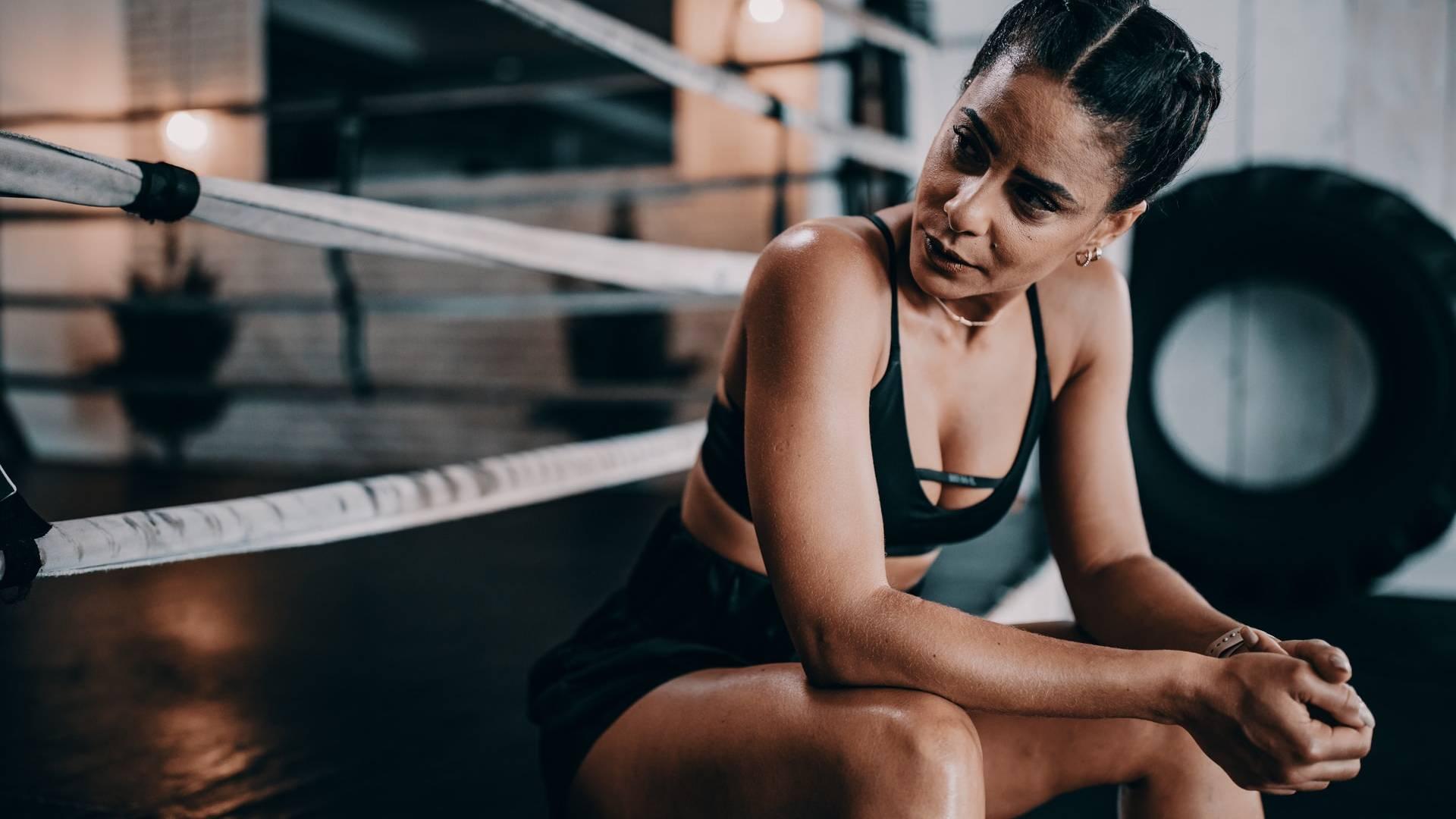 harcos boxoló nő