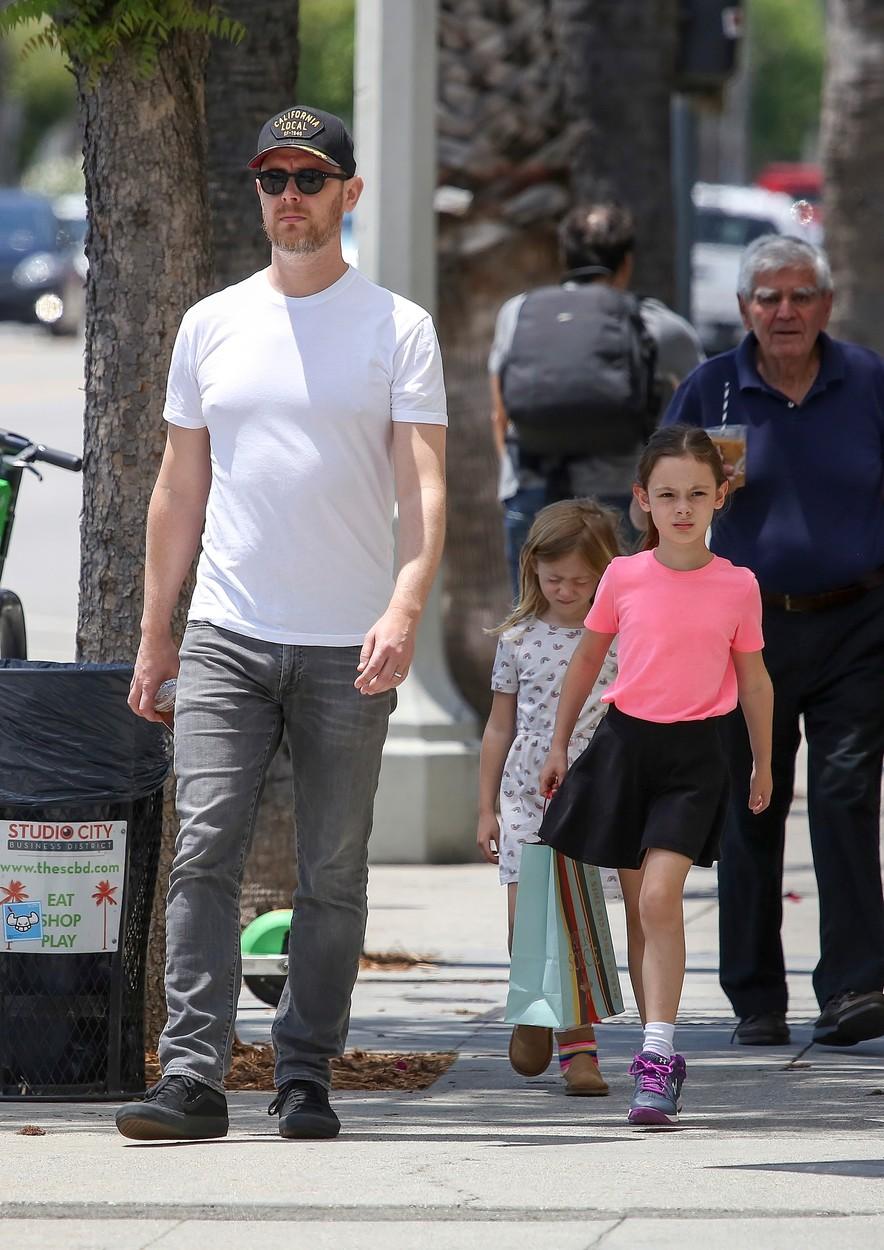 Colin, Charlotte és Olivia Hanks