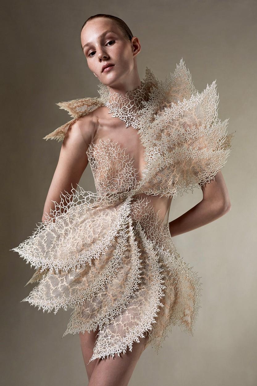Iris van Herpen Haute Couture 2021/22 ősz-tél (Fotó: profimedia)