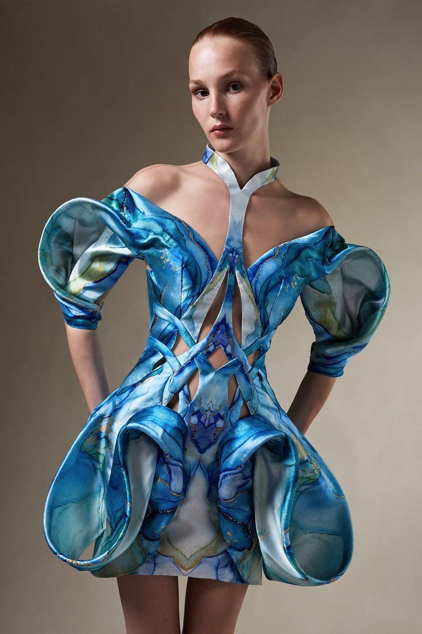 Iris van Herpen Haute Couture 2021/22 ősz-tél