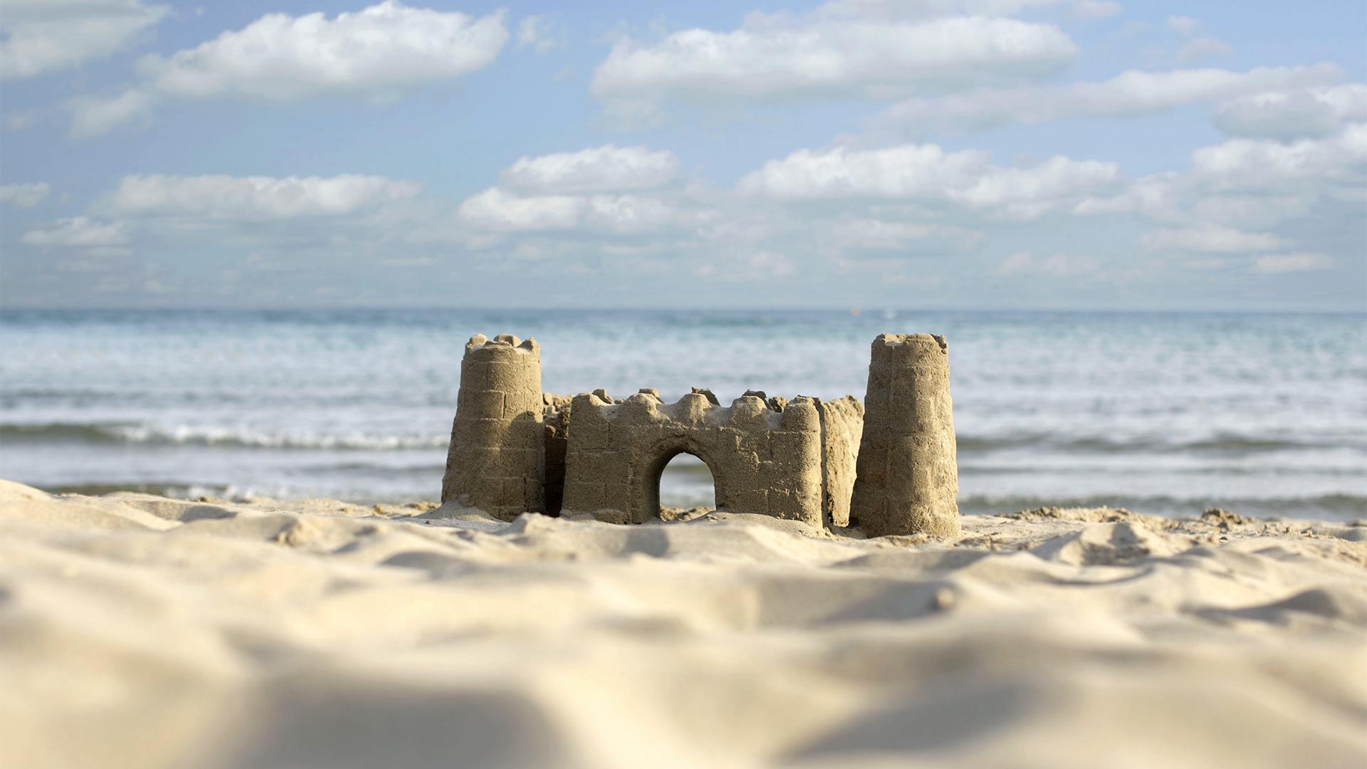 Dániában megépítették a világ legmagasabb homokvárát