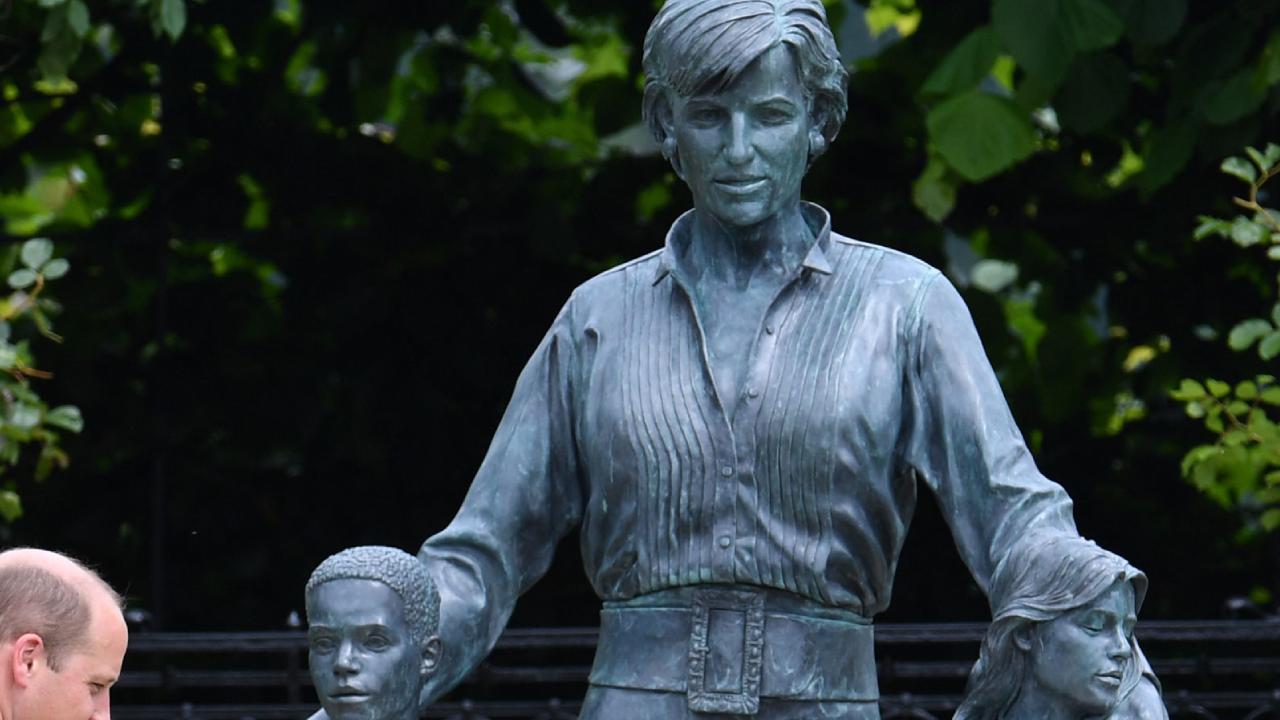 Diana hercegné szobra