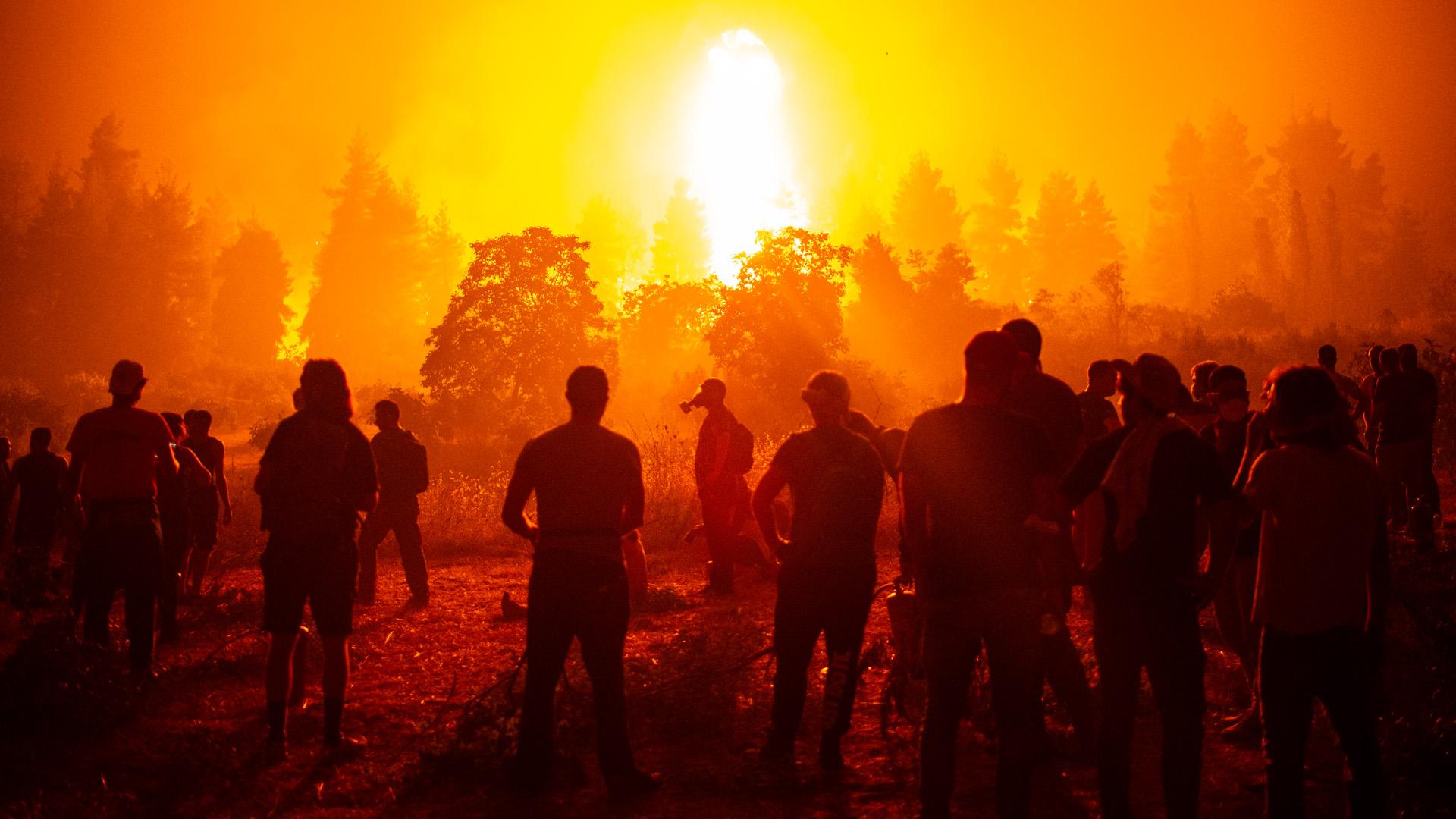 Pusztító tűzvész a görög szigeten