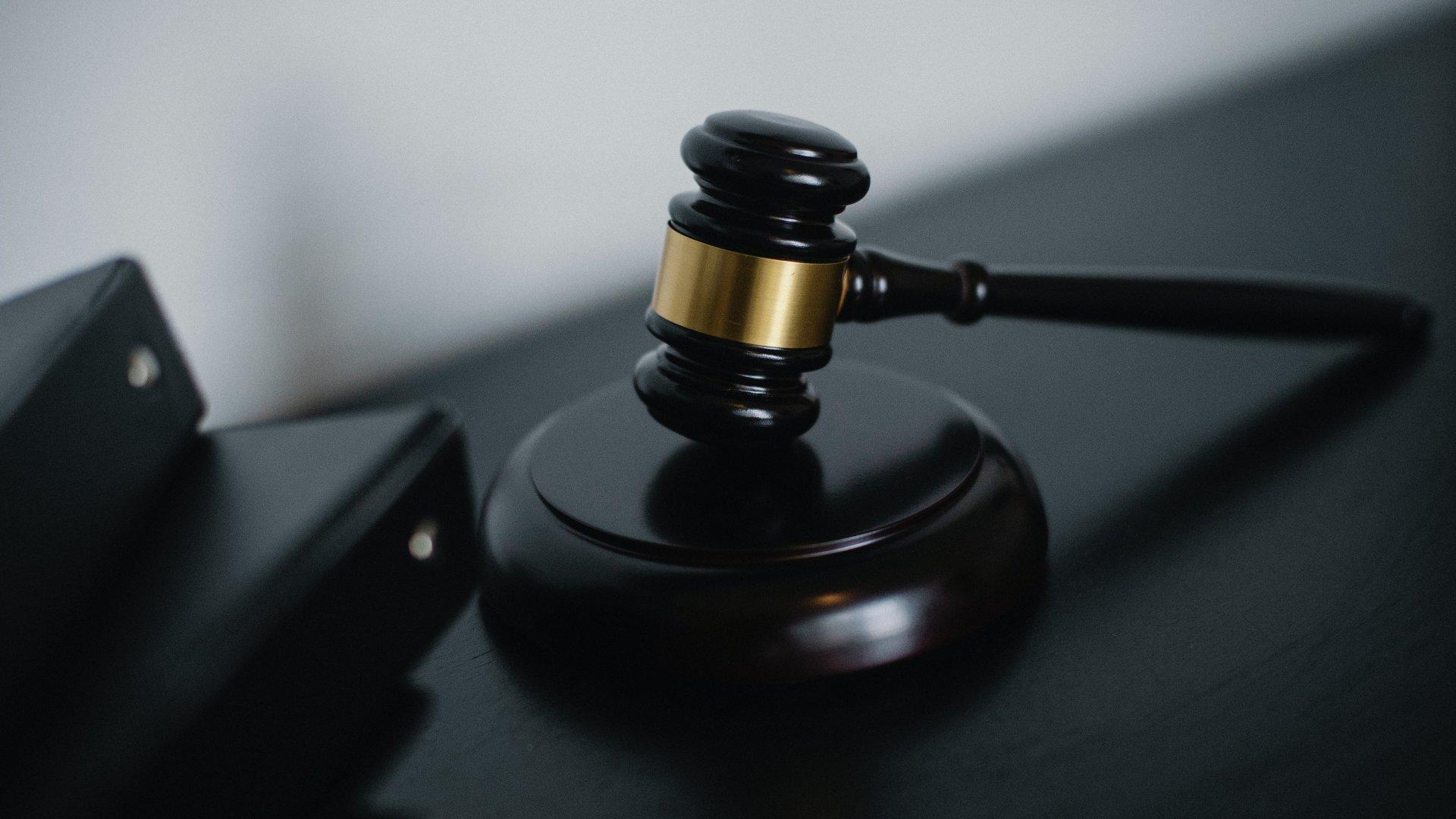 Bíróság elé áll P. Szilvia, aki feldarabolta barátját