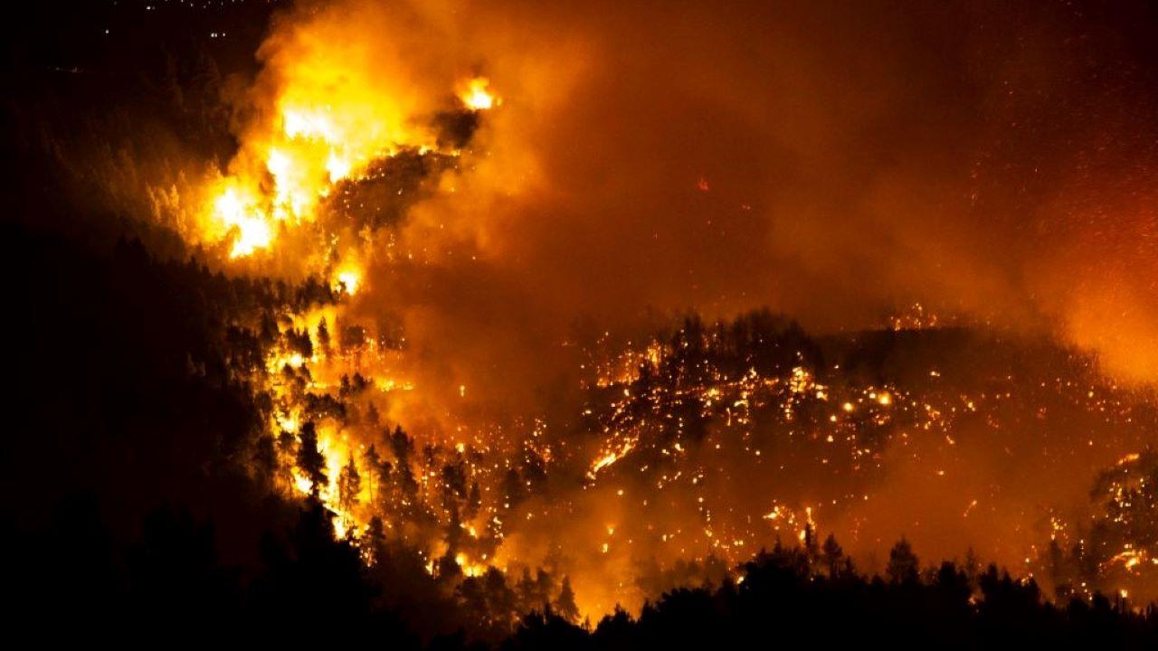 tűz, Evia, Görögország