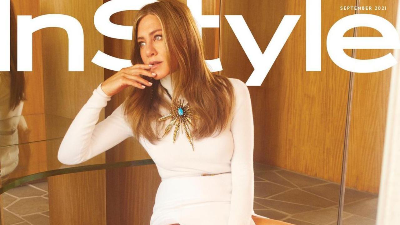 Jennifer Aniston látványos címlapja