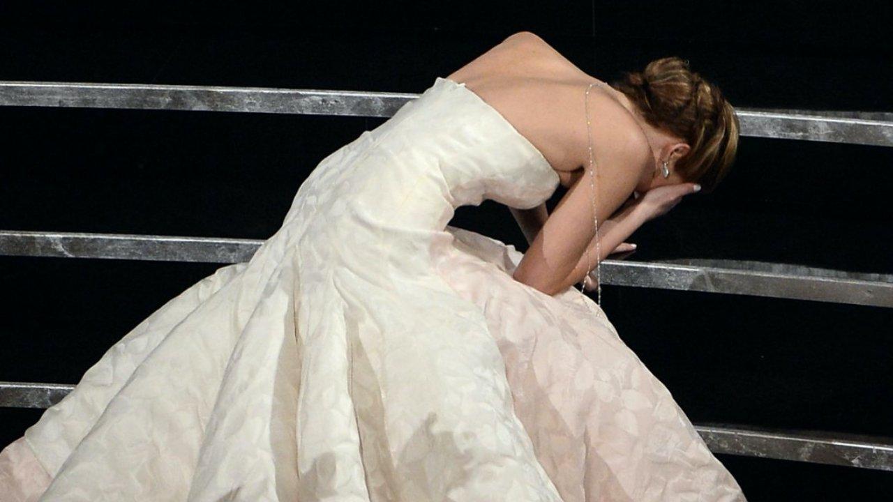 Jennifer Lawrence kínos eséséhez hasonlítják az új Diana-film plakátját