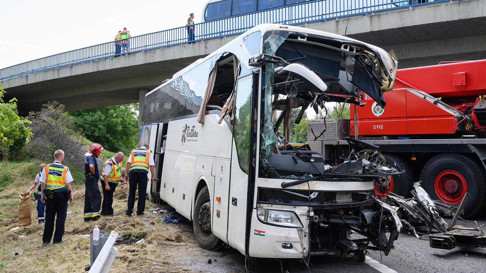 Meghalt az M7-es buszbaleset egy újabb sérültje