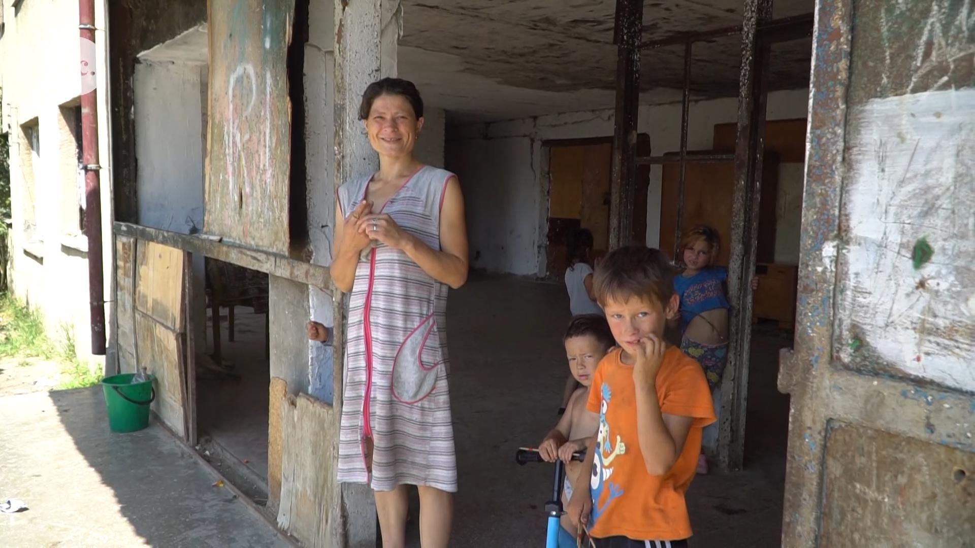 Mariann örökbe fogadta a sérült Szabinát