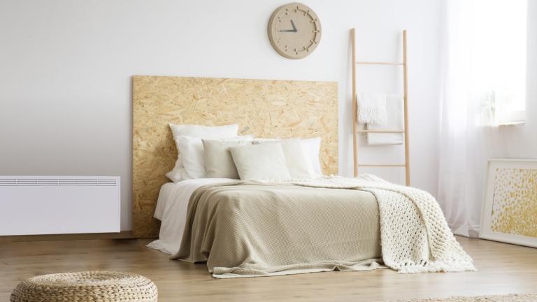 Otthonosság, kényelem és egyszerűség. A pihepuha, polyhos takarók elmaradhatatlanul hozzátartoznak a skandináv érzéshez. (Fotó: NORDART.hu)