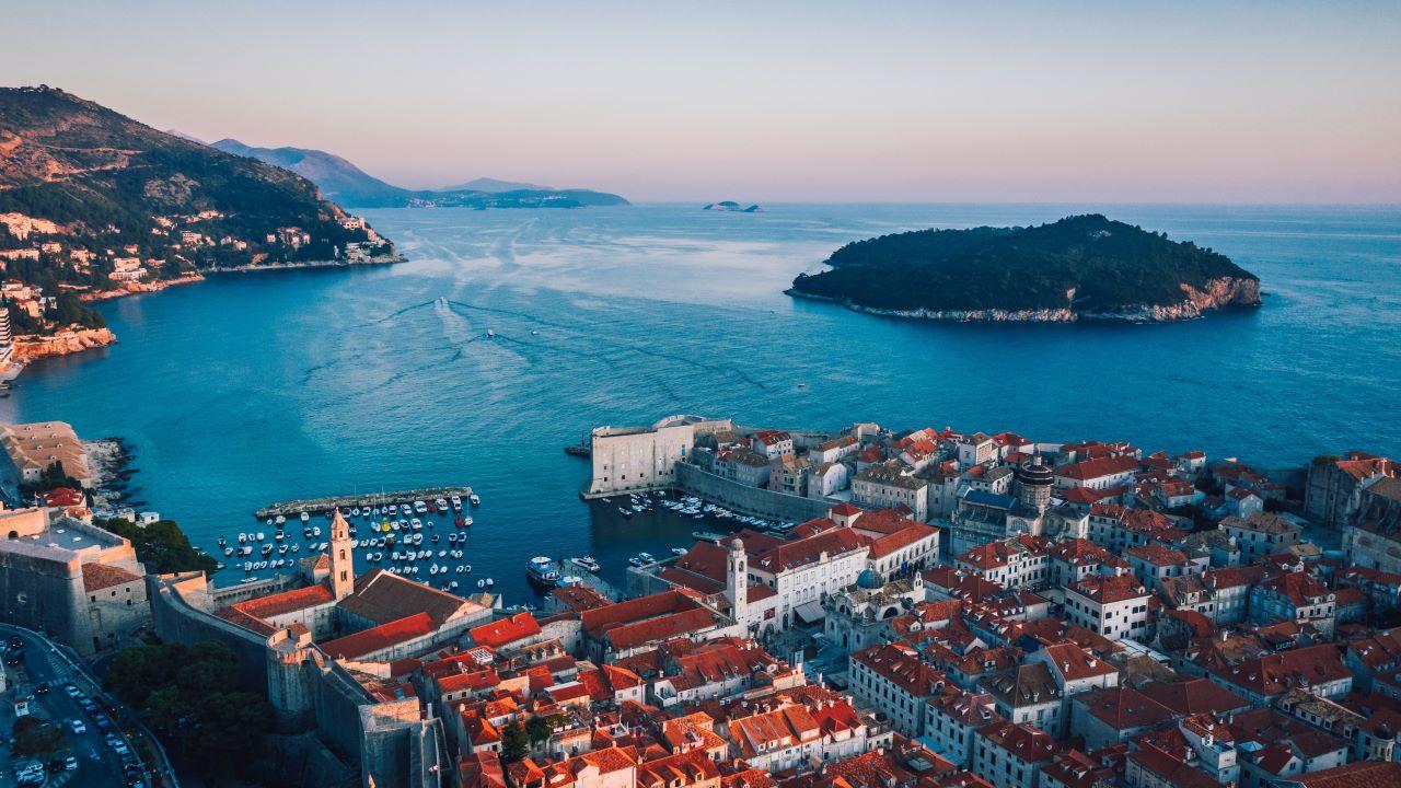 Horvátország, vörös zóna, utazás
