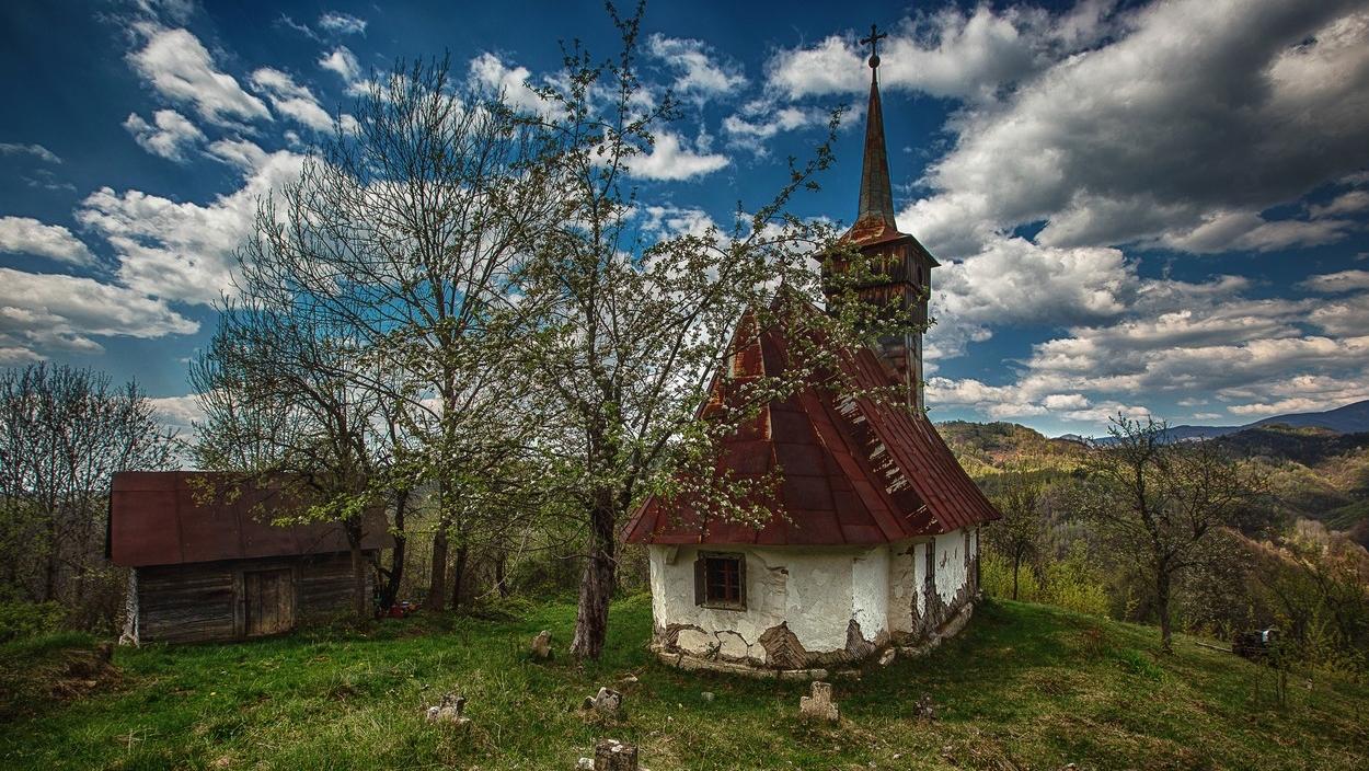 Elhagyatott templom