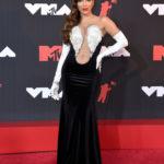 Anitta különleges ruhát választott a díjátadóra