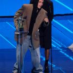 Justin Bieber és Giveon a Peaches-ért vhették át a díjat a 2021-es MTV Video Music Awards gálán