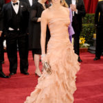 Demi Moore ruhája
