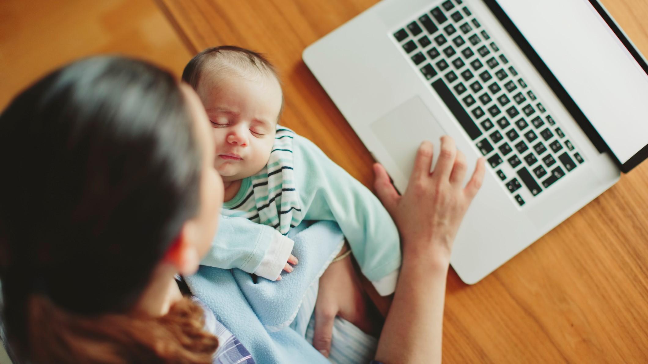 dolgozó anyuka